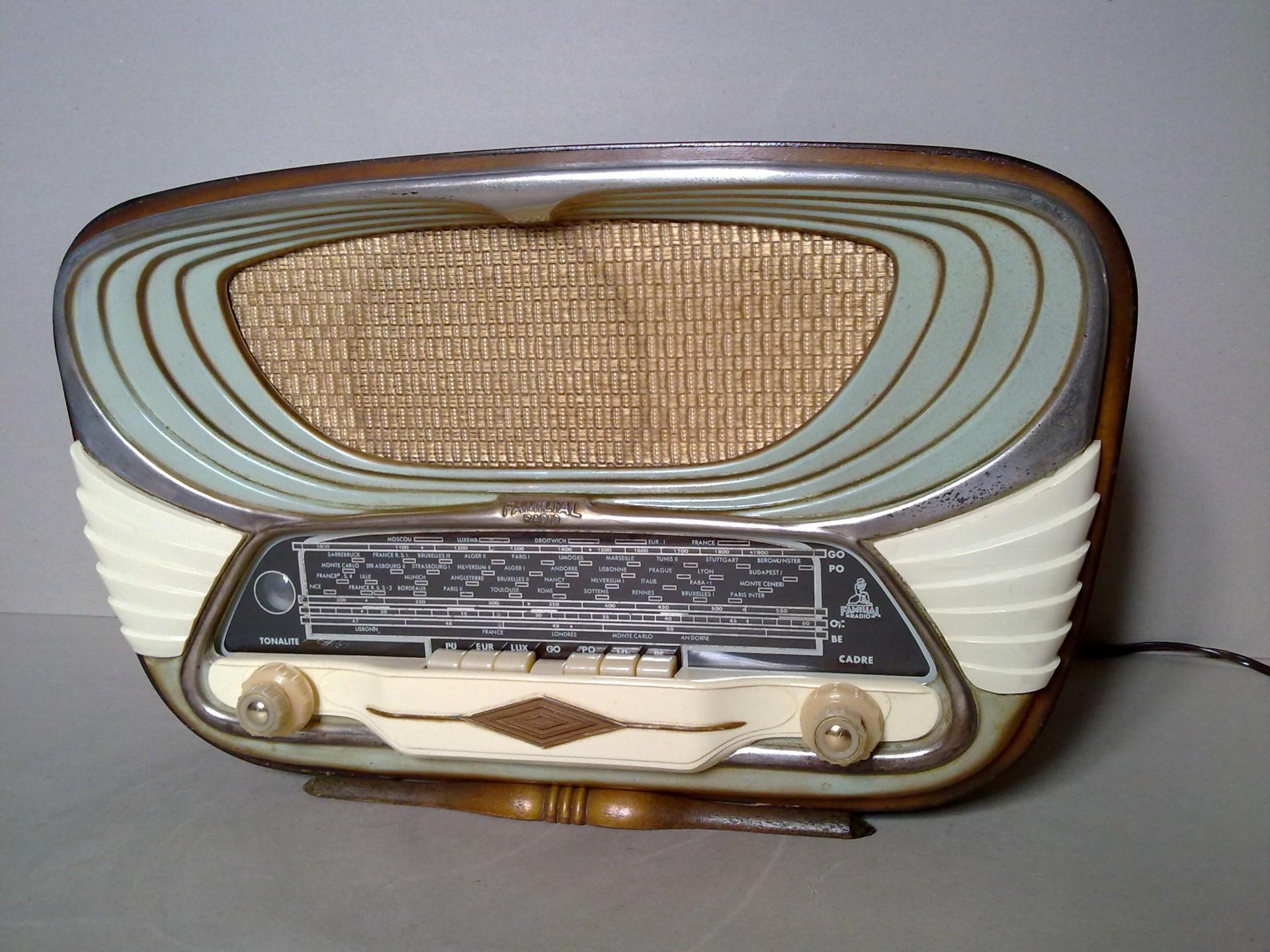 Familia Radio Stormy 640 1953